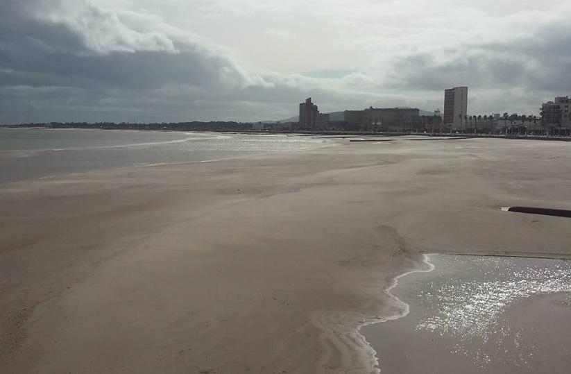 Panorama De La Playa Piriapolis Donde Bajante Amplio Zona A