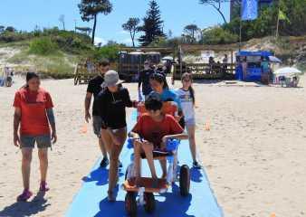 Presentaron prototipo de silla anfibia en Playa Accesible de Punta del Este