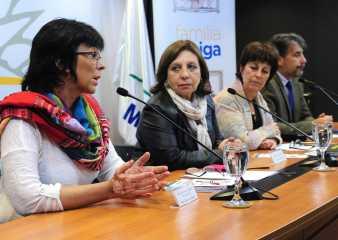 """Hay 577 niños uruguayos menores de 7 años que esperan por una """"Familia Amiga"""""""