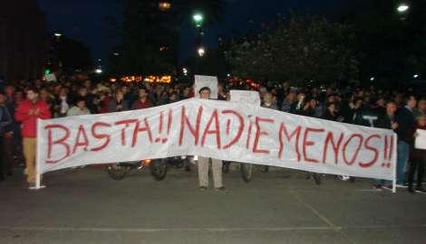 Varios centenares de vecinos de Maldonado en forma espontánea se manifestaron por más seguridad
