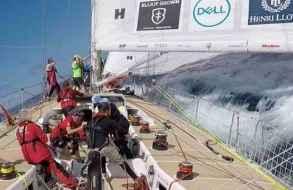 El barco líder de la regata Clipper alrededor del mundo se encuentra a 450 kilómetros de Punta del Este