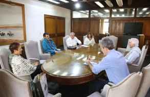 El Intendente Jesús Bentancur recibió a una delegación del Frente Amplio de Maldonado
