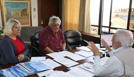La Intendencia de Maldonado procura aportar soluciones para 750 artesanos y feriantes