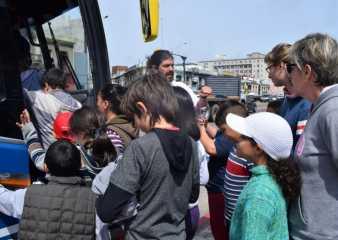 Decenas de niños y jóvenes del Inau recorrerán la costa de Maldonado en busca de ballenas