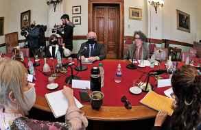 Anunciaron medidas de apoyo a salas de espectáculos y sector cultural