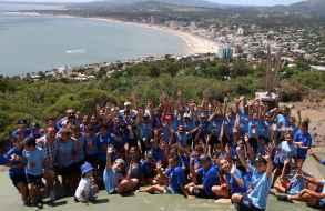 "Escolares montevideanos de ""Pelota al Medio a la Esperanza"" visitaron Piriápolis"