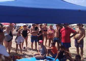 Expertos están brindando talleres de RCP y Primeros Auxilios en distintas playas de Punta del Este