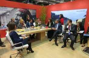 Delegación uruguaya en FITUR estuvo conformada por actuales y futuras autoridades del Mintur