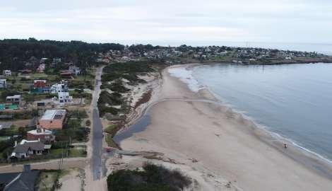 """Comisión de Fomento Punta Colorada califica de """"critica"""" la situación de esa zona de la costa"""