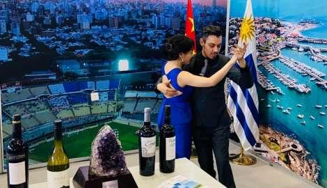 Uruguay promovió oferta turística y cultural en la 7ª Exposición del Turismo en Suroeste de China