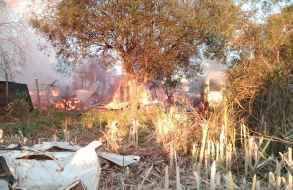 Dos viviendas fueron totalmente destruidas durante incendio en La Capuera