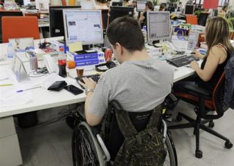 Se promulgó ley que establece los cupos laborales para personas con discapacidad en empresas privadas
