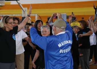 En un clima de fiesta quedó cerrado el Mes del Adulto Mayor en Maldonado
