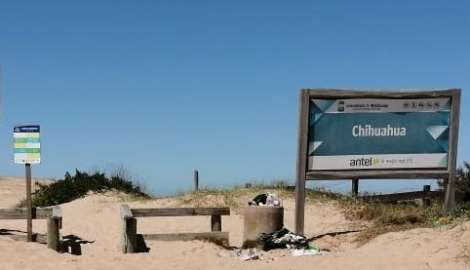 Vecinos de balneario Chihuahua reclaman por mejoras en la infraestructura pública de la zona