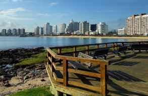 Anticipan que el próximo verano para los argentinos Punta del Este costaría el doble que el año pasado